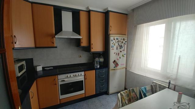 Pontevedra-Calle-Casimiro-Gómez-18-277693138_8